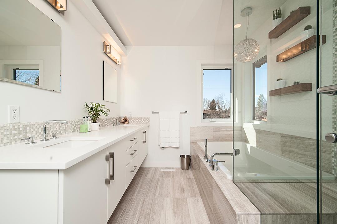 Minimalist bathroom renovation