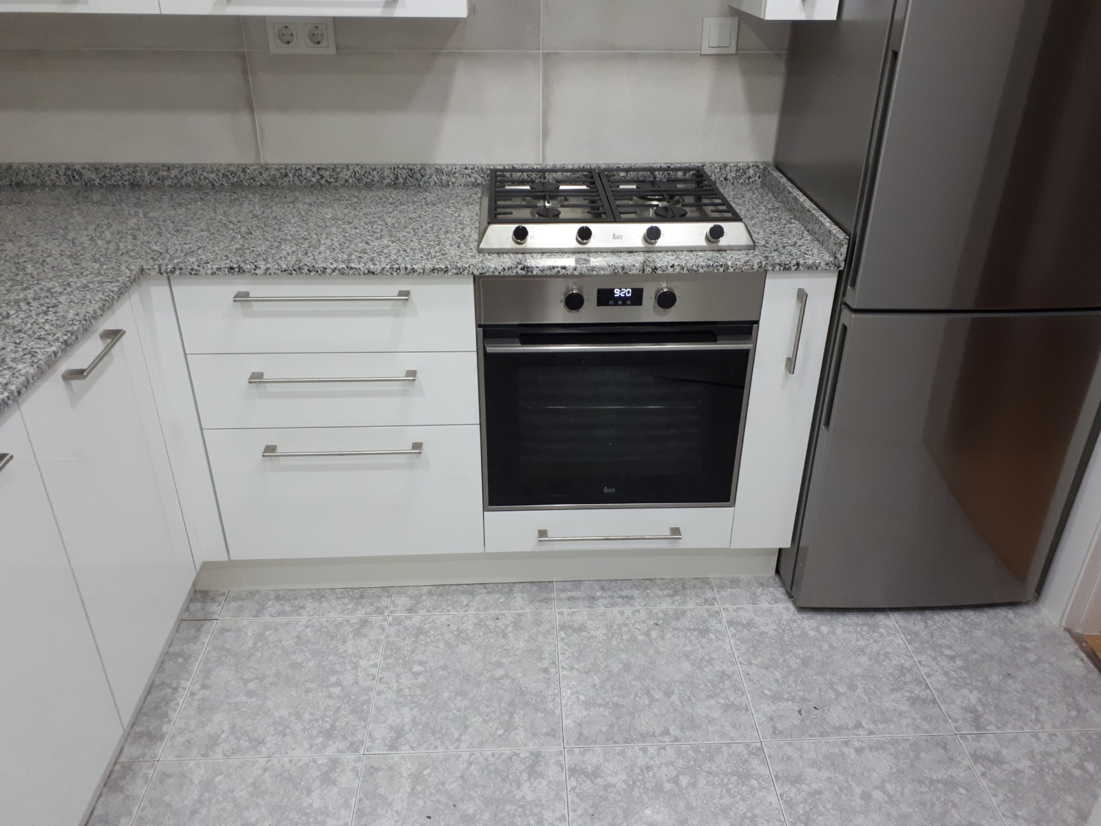 kitchen fitting denia